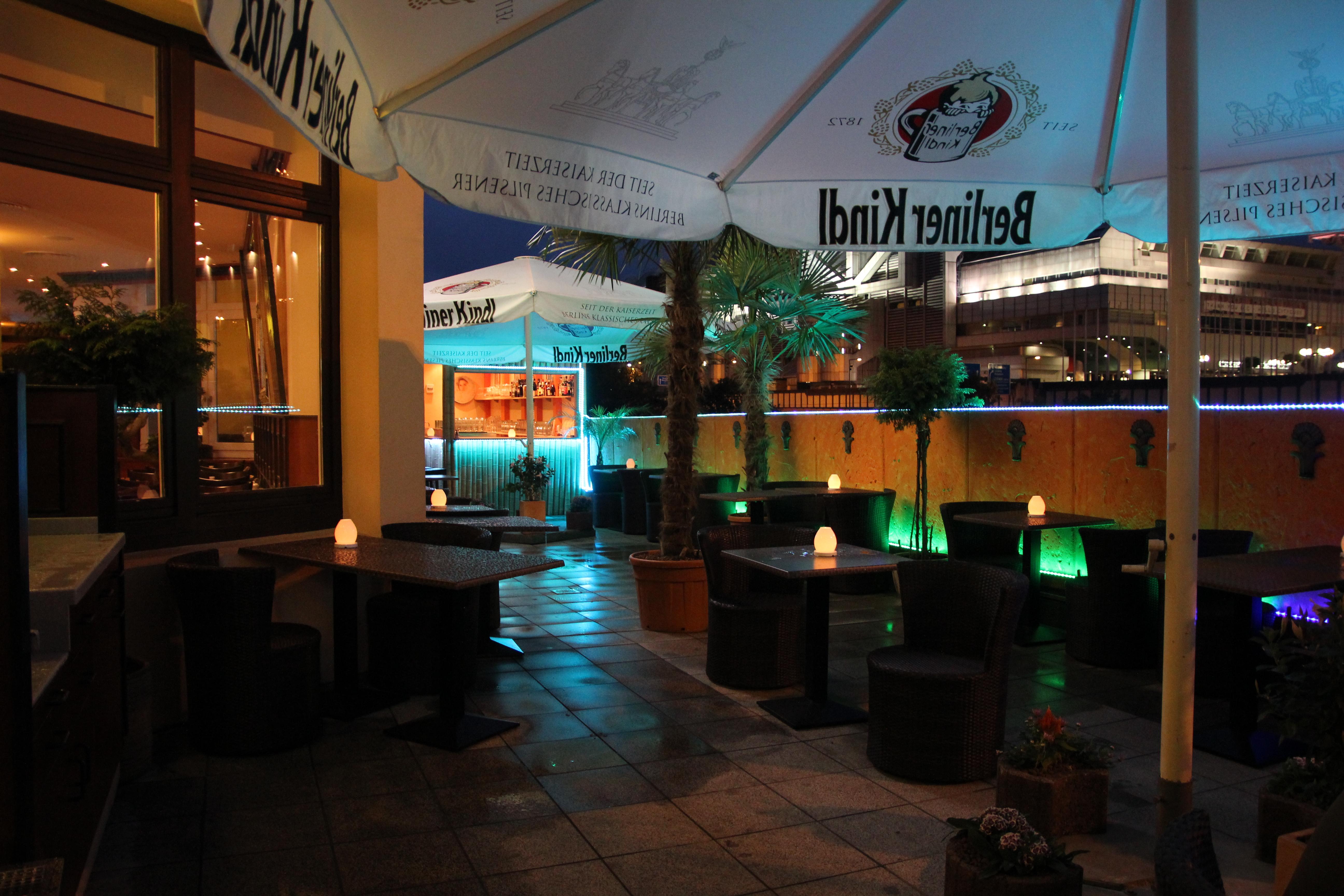 http://restaurant-hafis.com/wp-content/themes/thesis_18/custom/rotator/rotator6.jpg